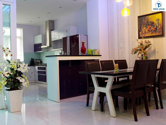 Sử dụng gạch bóng cho không gian bếp